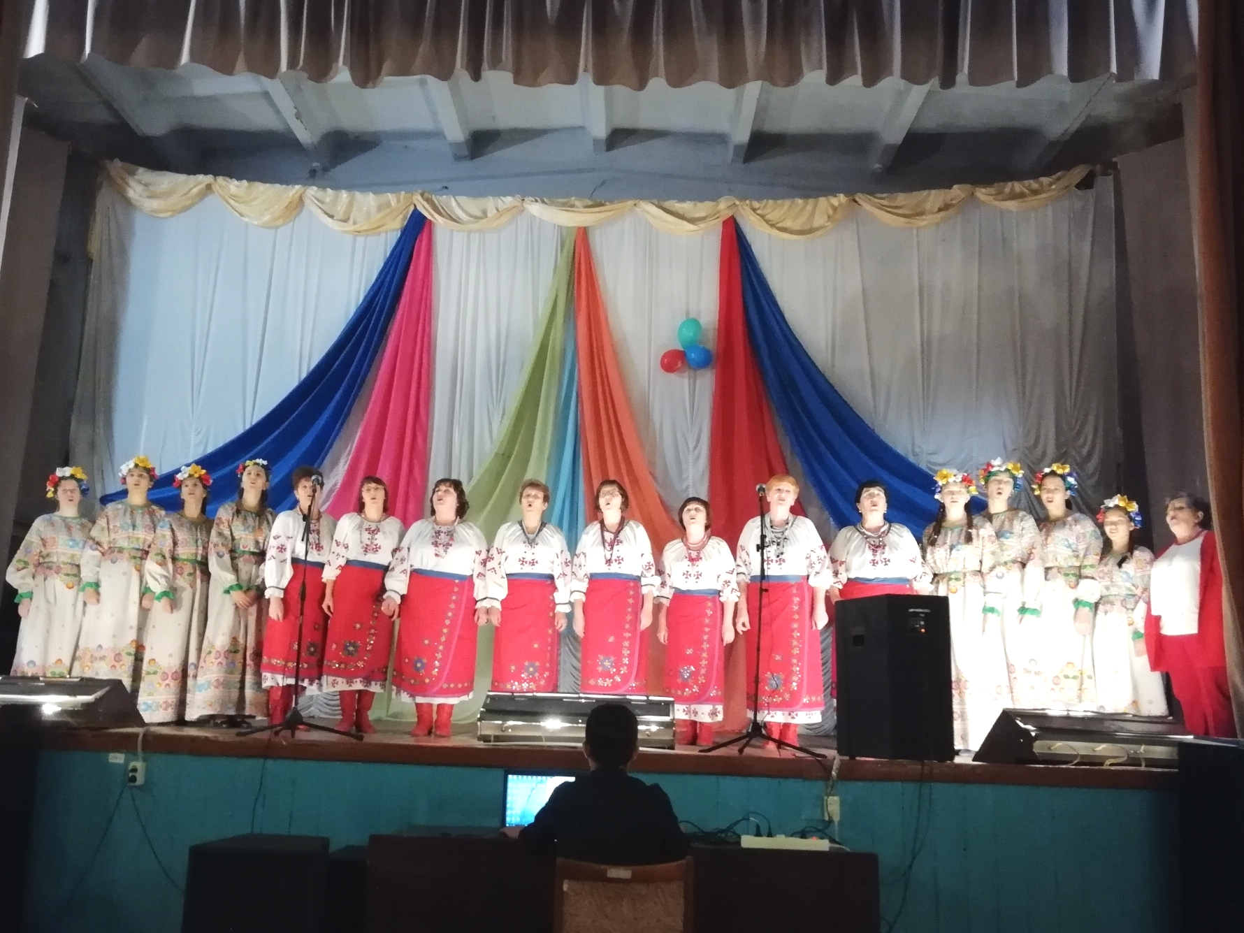 Поздравления творческого коллектива с.Новониколаевка